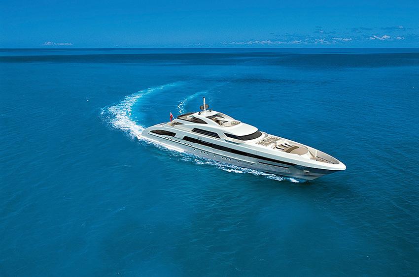 _Heesen 65m FDHF yacht bow - Image courtesy of Heesen Yachts.jpg